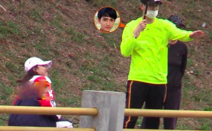 马可与王丹妮钓鱼