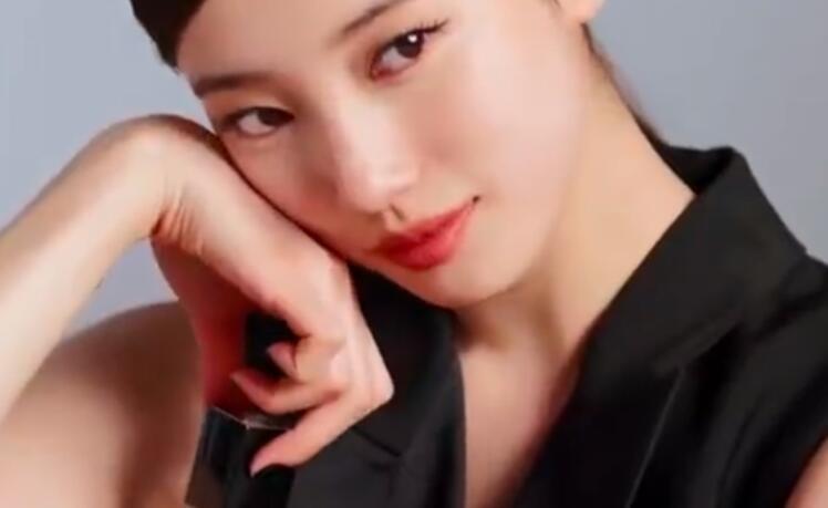 裴秀智拍杂志花絮