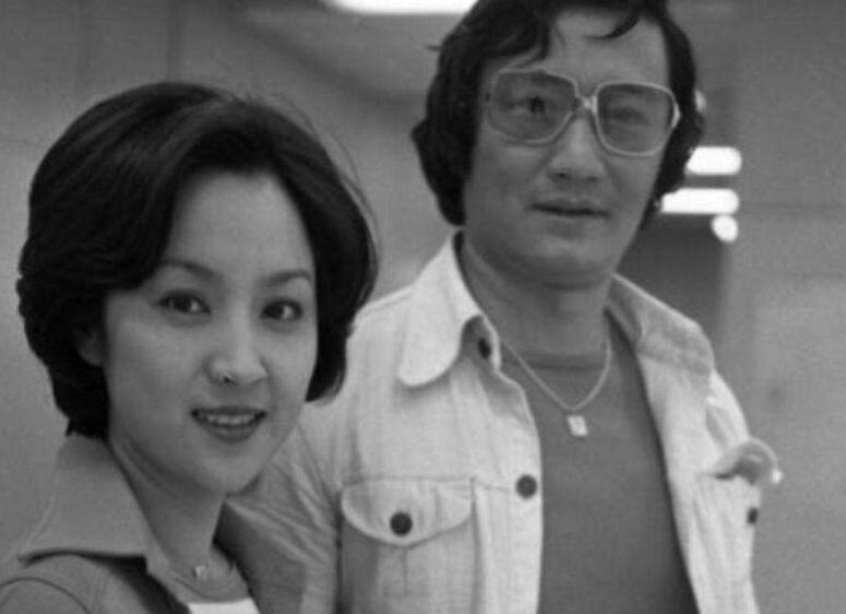 甄珍后悔与谢贤离婚 首度泛泪提及过往婚姻状况