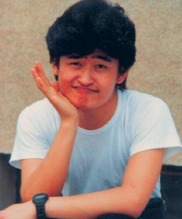 刘欢23岁旧照